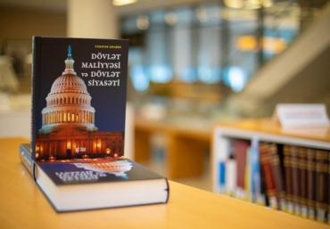 """The International Bank of Azerbaijan has donated 6 copies of the translated version of Jonathan Gruber's """"Public Finance and Public Policy"""" book to the ADA University Library."""