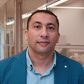 Namig Abuzarov